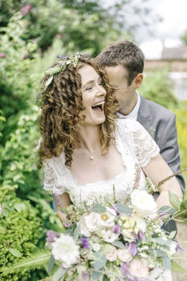 Bride with tight curls wedding hair
