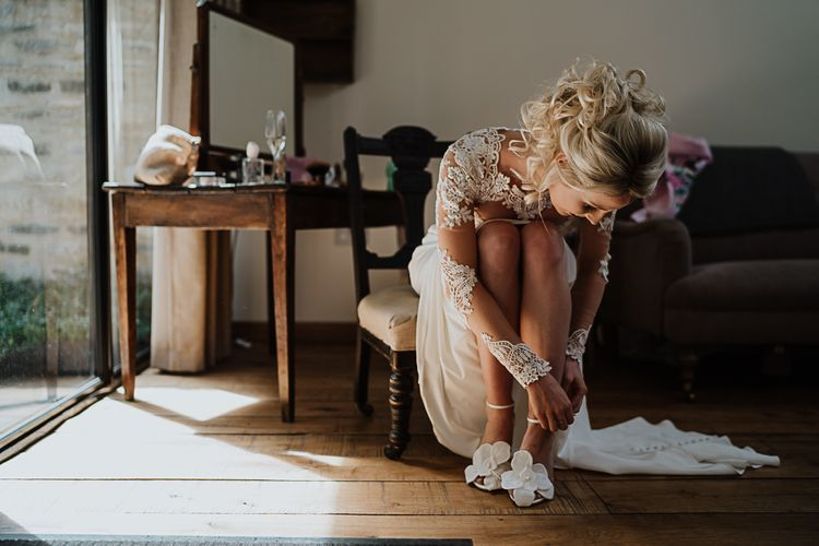 Bridal Morning Preparations |  Martina Liana Wedding Dress | Jimmy Choo Shoes | Fairylight Tythe Barn Wedding with Dreamcatchers | New Forest Studio Photography