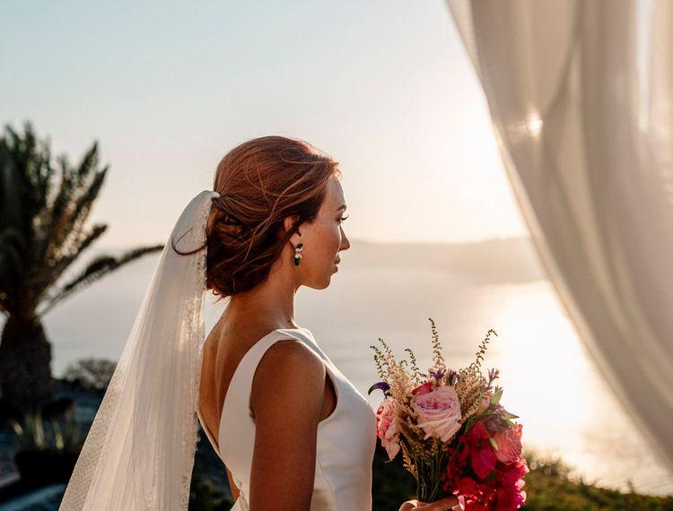 在婚礼上的婚礼上的婚礼礼服