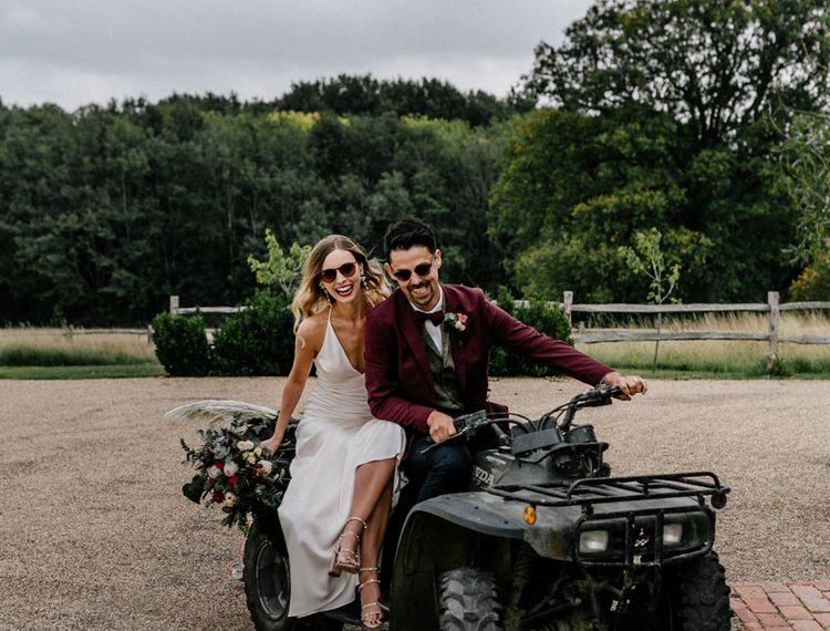 新娘新娘新娘骑自行车