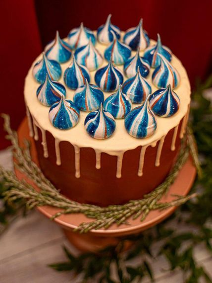cathlenes cakes blue and copper