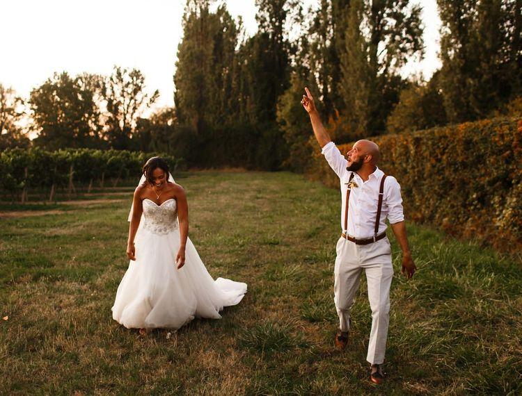 新郎和新娘在波尔多葡萄酒