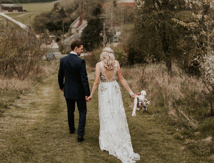新郎和新娘在婚礼上