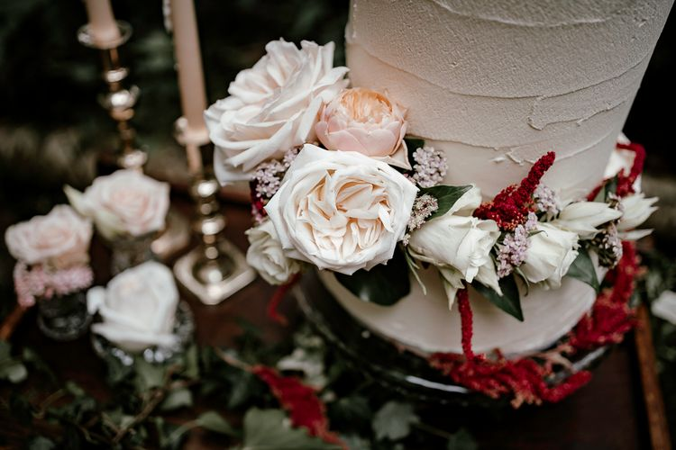 locally sourced wedding flowers to decorate the wedding cake