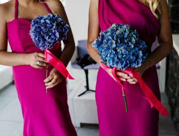 粉红裙子和粉红玫瑰礼服