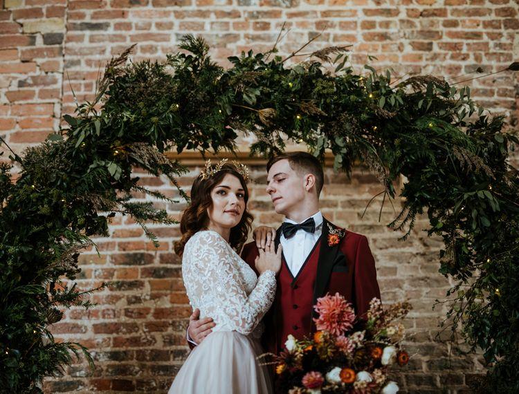 新月和新娘的红裙
