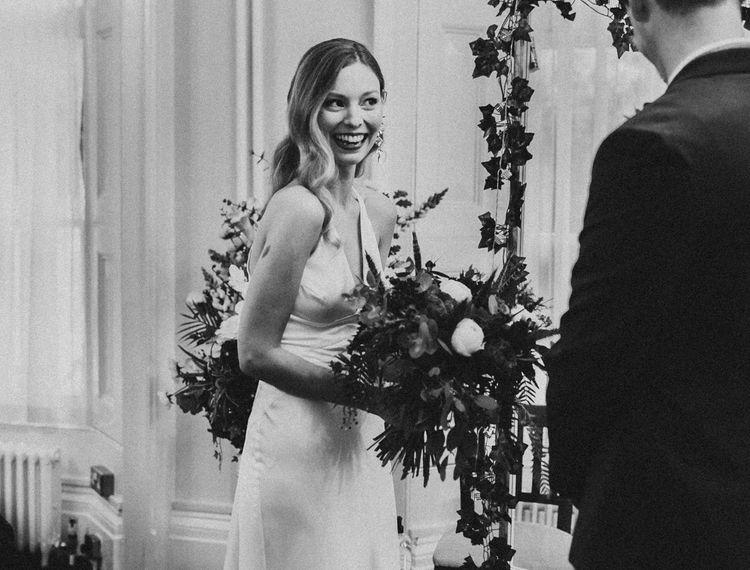 新郎和新郎婚礼上的婚礼