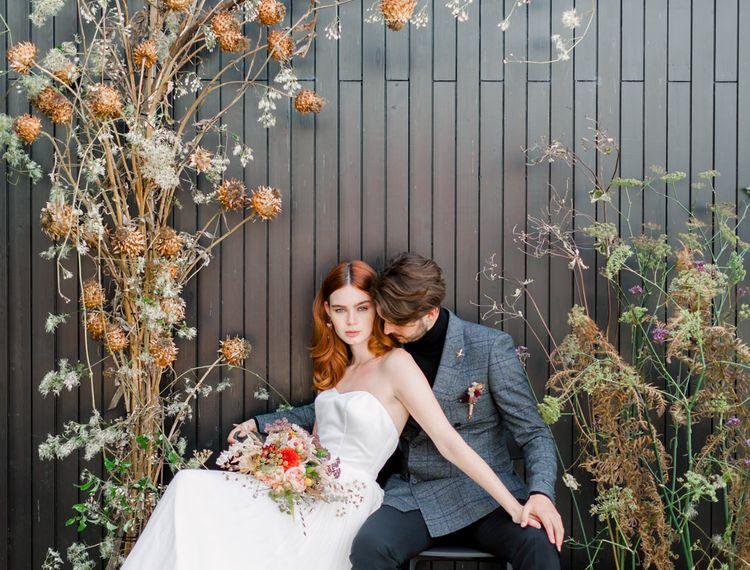 新娘和新郎新娘一起去装饰