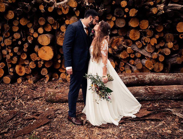 在法国和新郎婚礼上