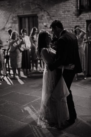 First dance portrait at Willow Marsh Farm