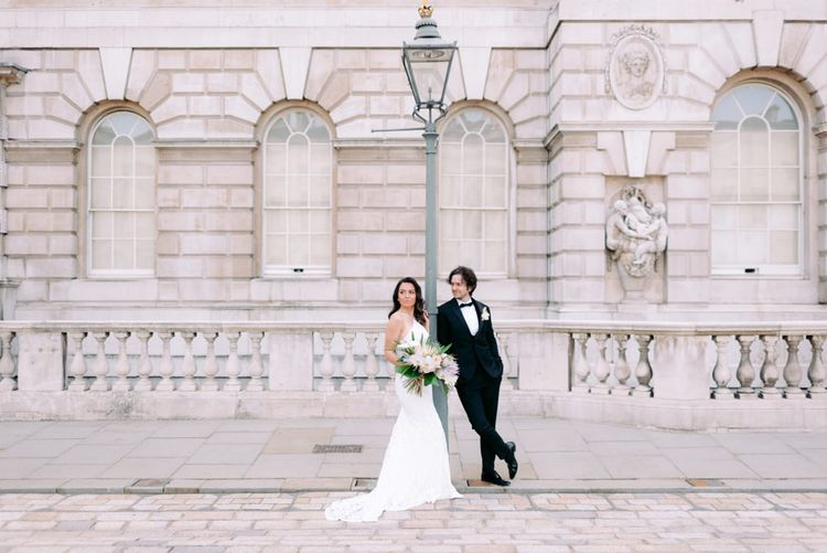 Striking London wedding photography at Somerset House