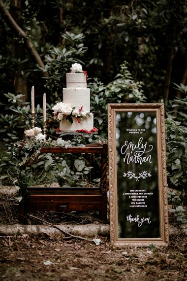 Cake and vintage wedding decor at Sherwood Glade wedding venue in Nottinghamshire