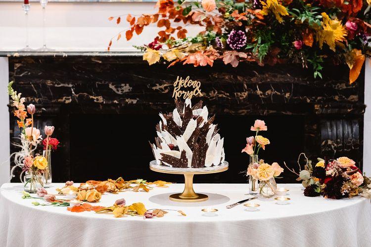 Wedding cake with chocolate shard design