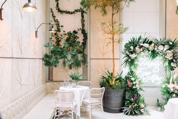Botanical, exotic wedding theme with King Protrea