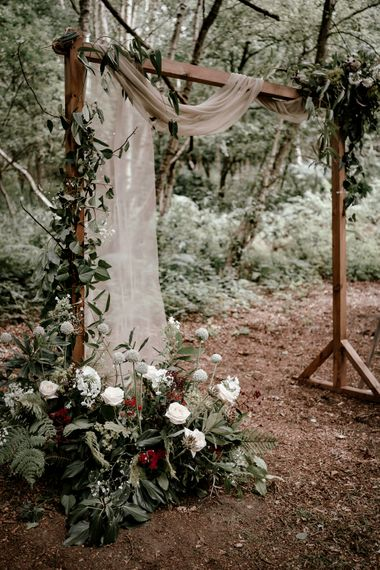 Eco-friendly woodland wedding inspiration at Sherwood Glade