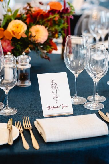Place setting with illustrations