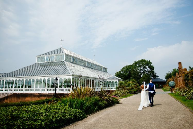 The Isla Gladstone Conservatory wedding