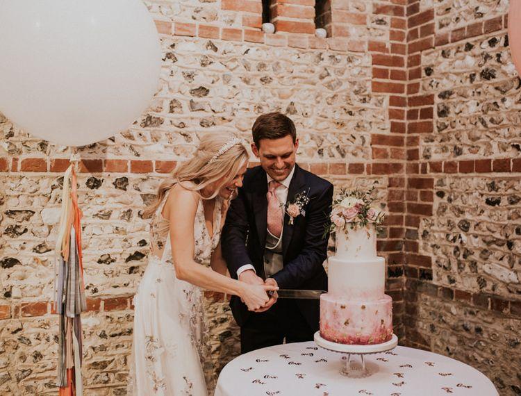 新郎和新娘的婚礼蛋糕蛋糕蛋糕