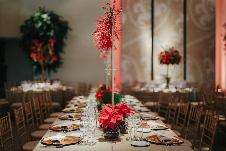 Contemporary Christmas Wedding Decor