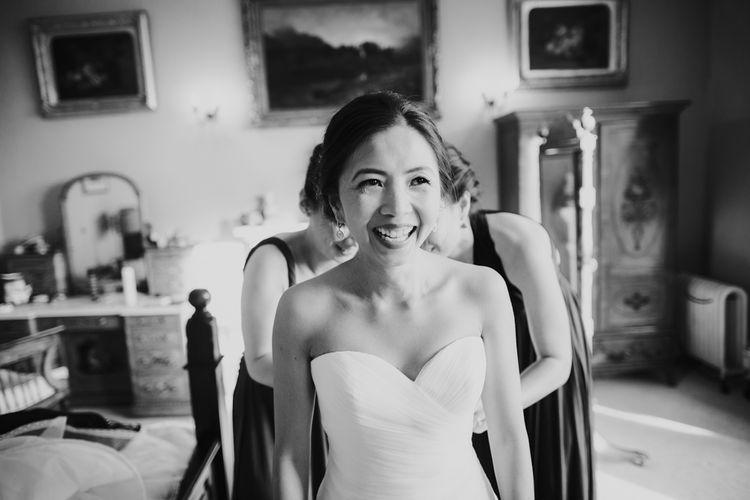Bridal Beauty | Bride in Pronovias Gown | Errol Park Wedding Venue, Scotland | Jen Owens Images