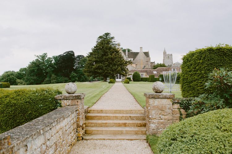 An elegant summer wedding at North Cadbury Court in Somerset | David Jenkins Photography | Confetti & Silk Films