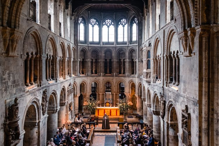 Wedding Ceremony | Chic London Wedding at St Bartholomew the Great Church & St John Bar & Restaurant | Helen Abraham Photography