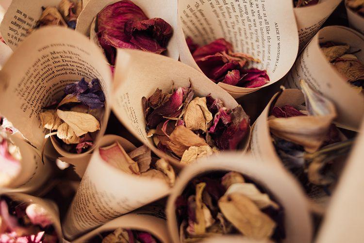 Dried Flower confetti | Ibiza Wedding | Liberty Pearl Photography