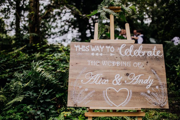 Wooden Wedding Welcome Sign | Stylish Woodland Wedding in Cheshire | Clara Cooper Photography | Story Board Weddings Films