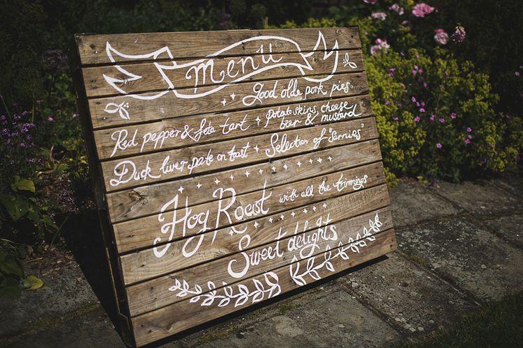 DIY Wooden Palette Wedding Sign