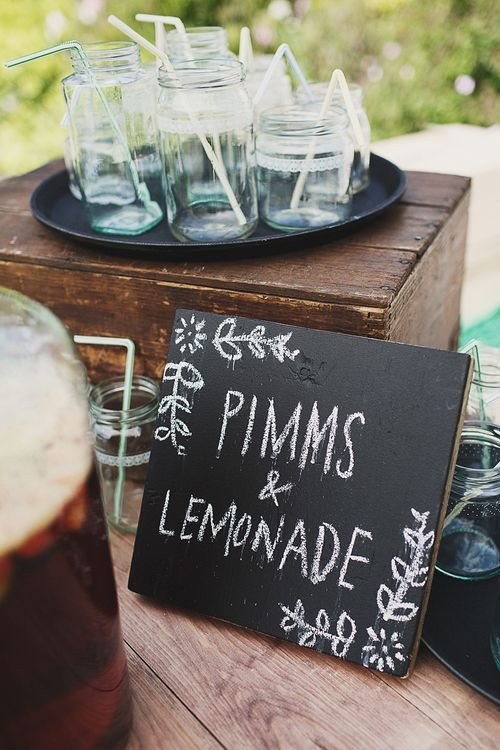 Pimms & Lemonade Cocktail Bar
