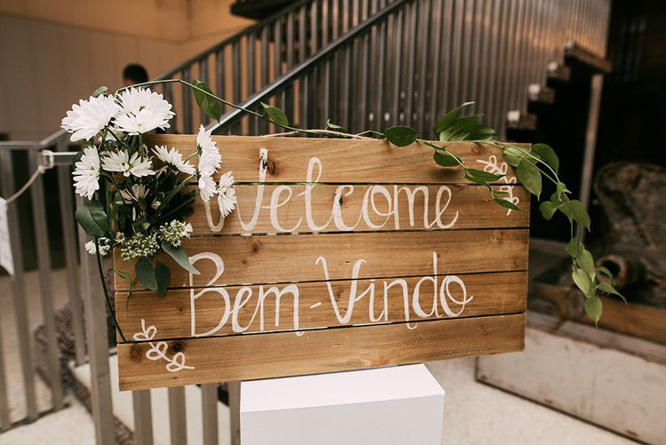 Wooden Palette Wedding Sign | Wedding Decor | Stylish Wedding at the M Building in the Miami Art District | Sara Lobla Photography