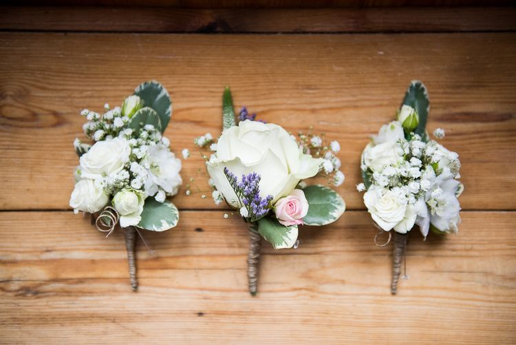 Buttonholes | Coastal Wedding at Driftwood Spas St Agnes, Cornwall | Jessica Grace Photography