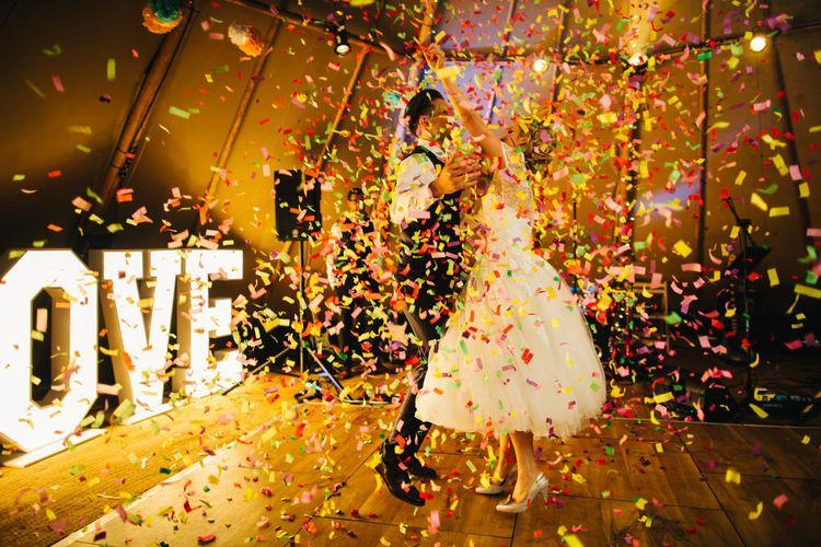 Confetti Bomb at First Dance