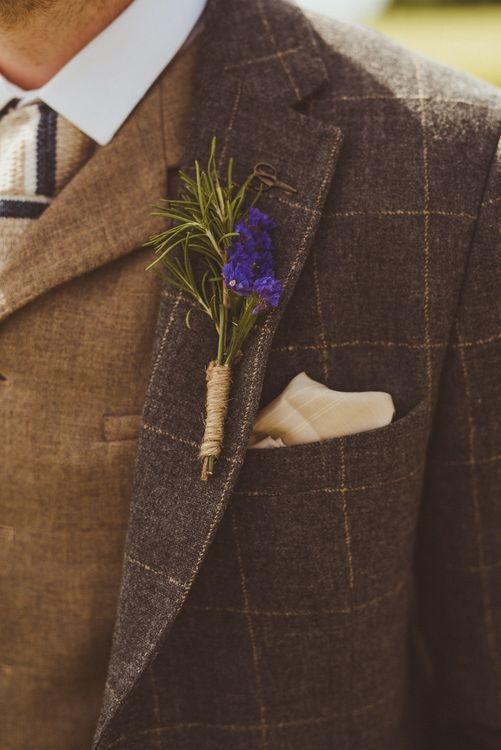 Buttonhole | PapaKåta Tipi at Angrove Park North Yorkshire | Matt Penberthy Photography