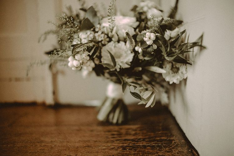 White Flower Bouquet With Foliage // Image By Carla Blain Photography