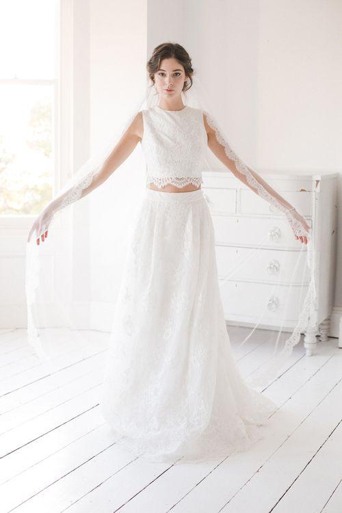 Sara silk style wedding veil with eyelash lace