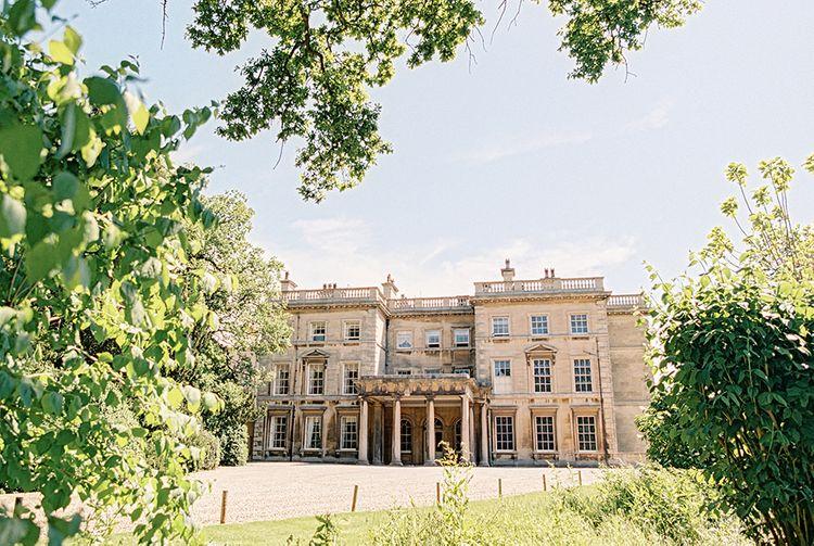Classic Blue & White Wedding at Prestwold Hall in Loughborough | Georgina Harrison Photography