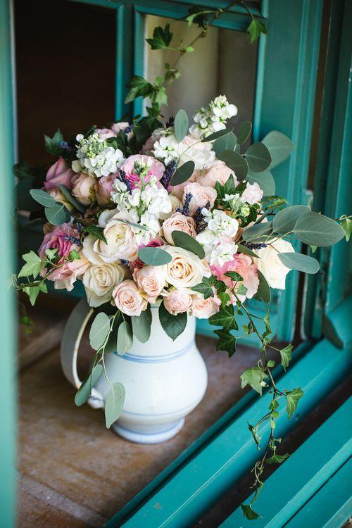 Wedding Flowers   Planned by Rachel Rose Weddings   Radka Horvath Photography