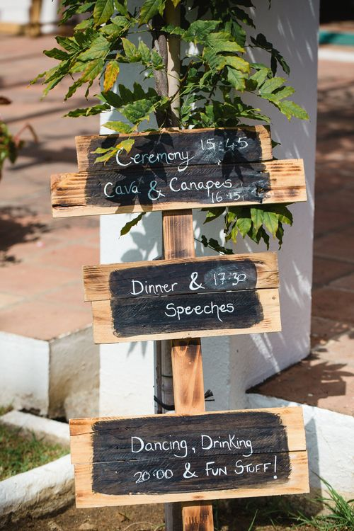 Wooden Order of The Day Sign   Planned by Rachel Rose Weddings   Radka Horvath Photography