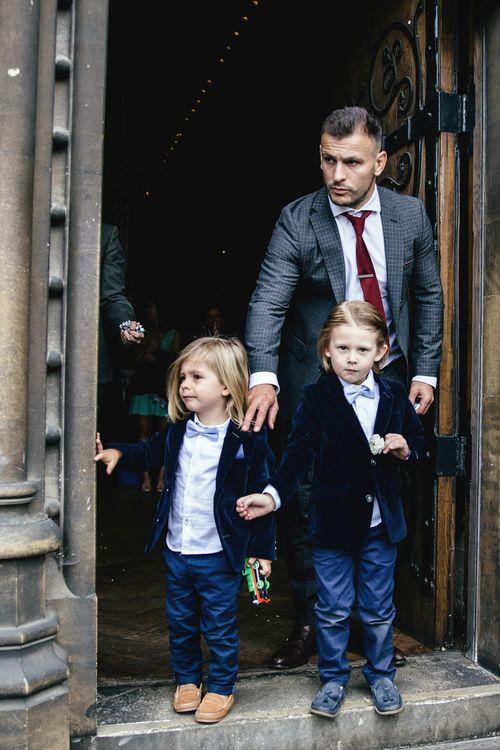 Teeny tiny guests | Kat Hill Wedding Photography