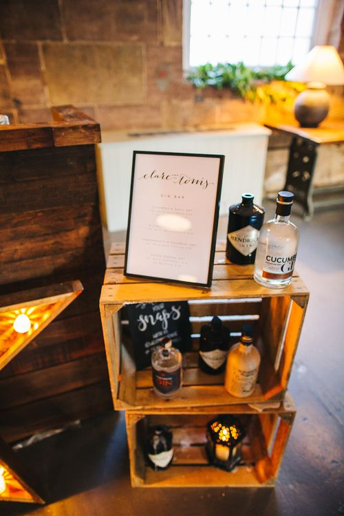 Gin Bar | Rustic Wooden Crates | S6 Photography