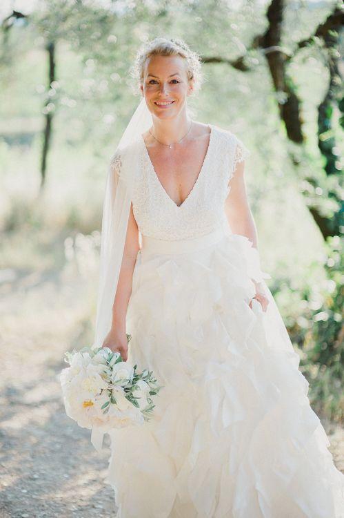 Bride in Monique L'Huillier Skirt, Bridal Separates | Linda Nari Photography