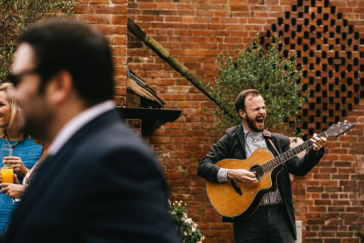 Lewis Sings from Warble Entertainment | Alex Tenters Photography