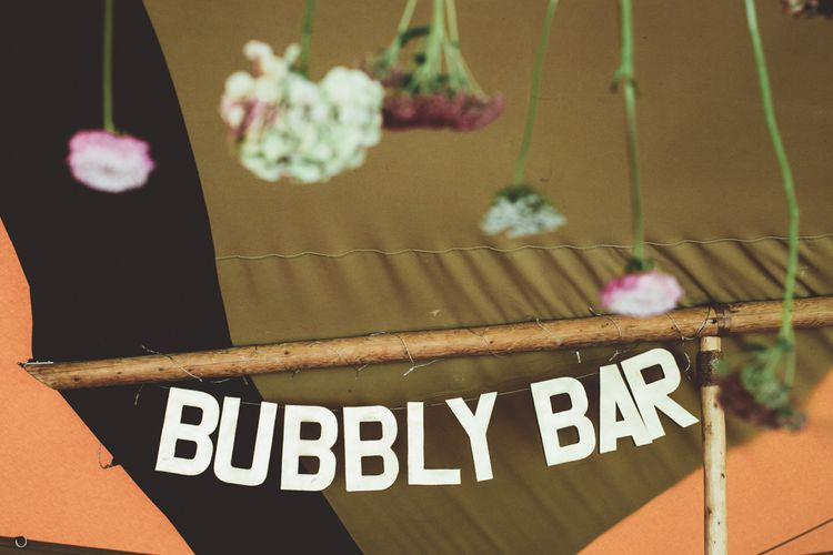 DIY Bubbly Bar Wedding Sign | Maryanne Weddings Photography