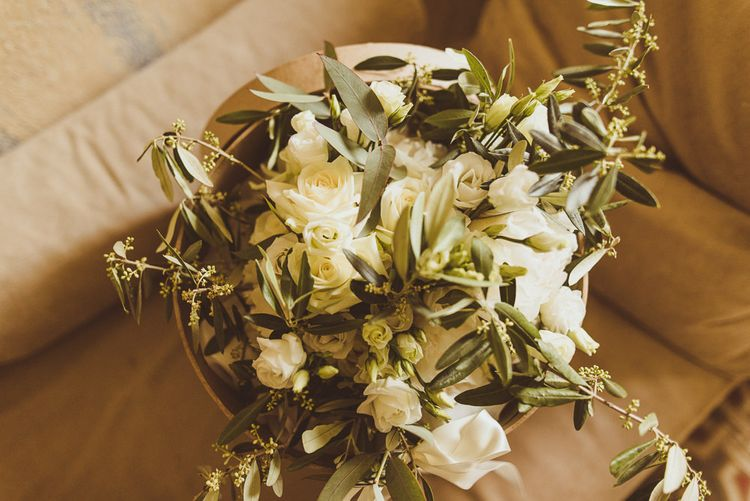Green & White Bouquet | Outdoor Destination Wedding at Villa Regina Teodolinda, Lake Como, Italy | Matt Penberthy Photography