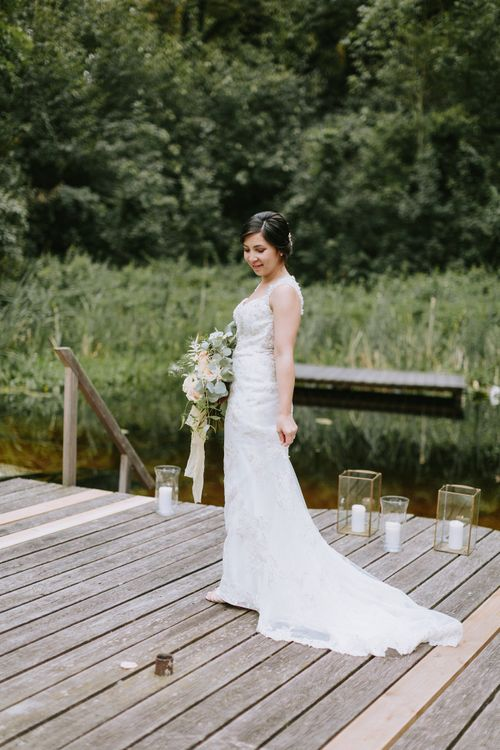 Bride in Brautmode Stern Wedding Dress