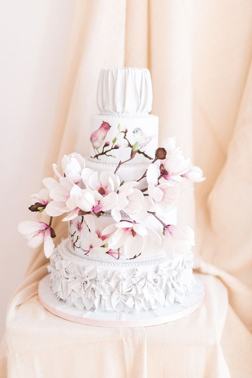 Stunning Sugar Craft Wedding Cakes by Bloom Artisan Cakes