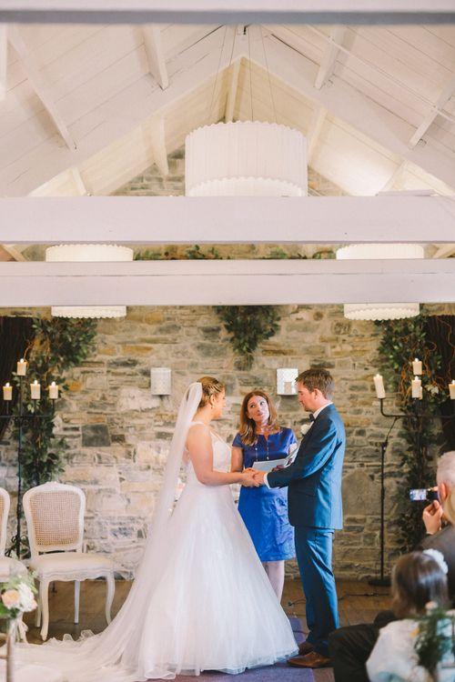 Bride & Groom Wedding Ceremony