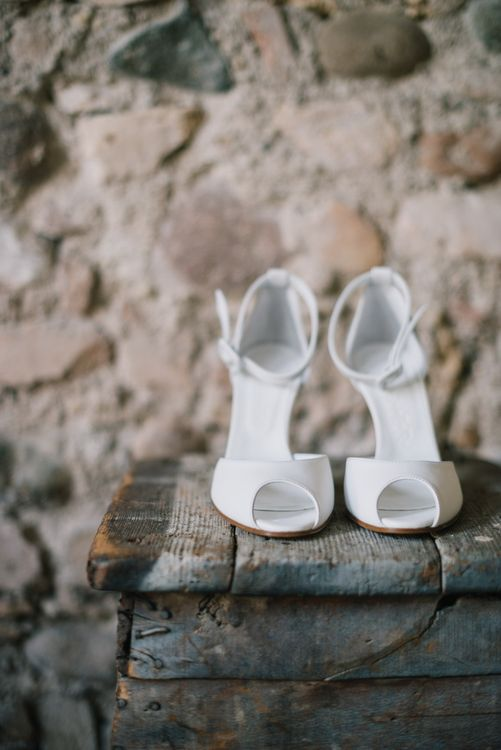 Peep Toe Bridal Shoes | Bright Woodland Wedding in Italy Planned & Styled by Le Jour du Oui | Infraordinario Wedding Photography | Mani Films