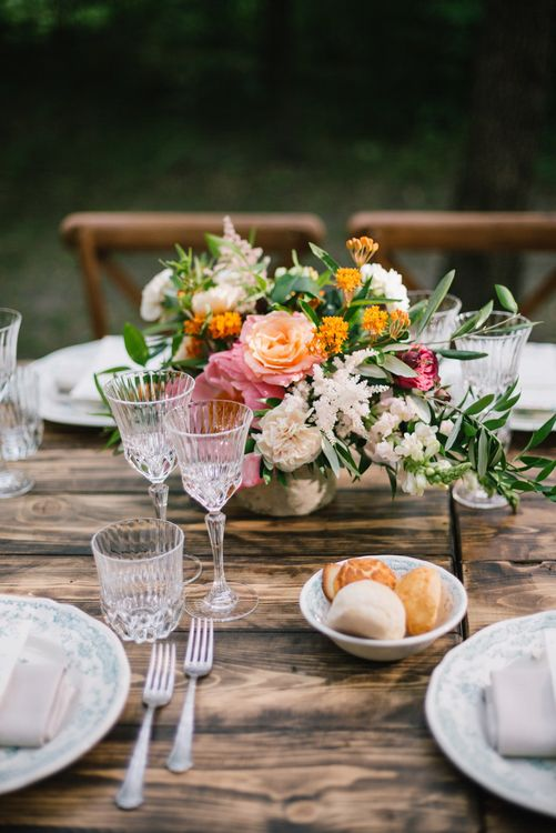 Bright Floral Arrangement | Bright Woodland Wedding in Italy Planned & Styled by Le Jour du Oui | Infraordinario Wedding Photography | Mani Films